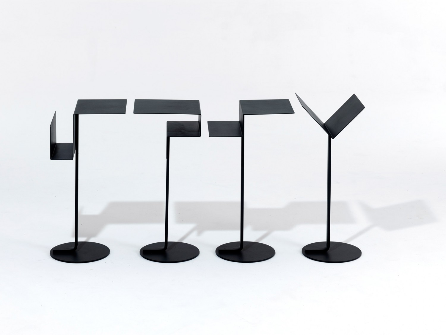 Mono-tables-by-Konstantin-Grcic-for-SCP-3